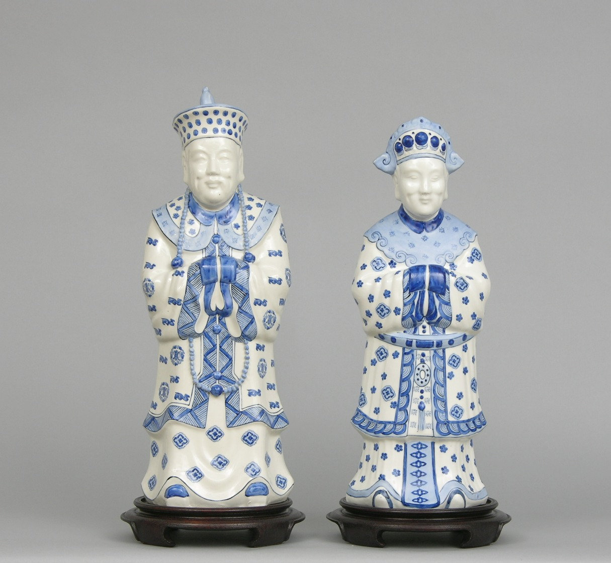 Chinese blue and white porcelain emperor and empress figurines ca chinese blue and white porcelain emperor and empress figurines ca 20th century floridaeventfo Images