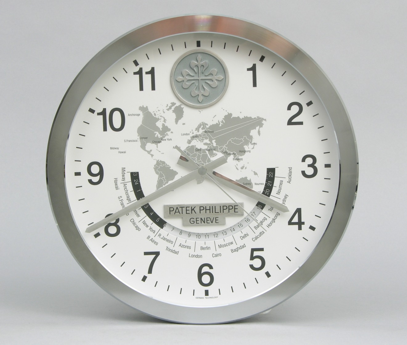 A Patek Philippe Showroom Display Wall Clock 091606 Sold 32775