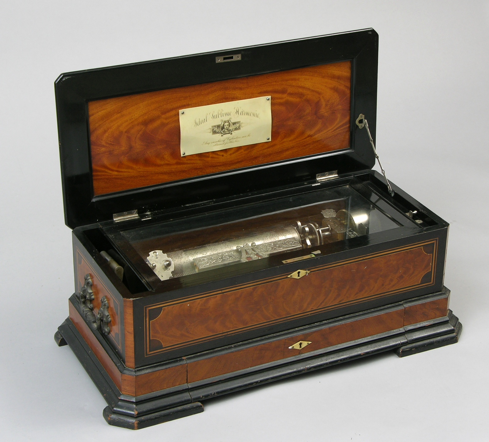 An Antique Quot Concerta Quot Ideal Sublime Cylinder Musical Box