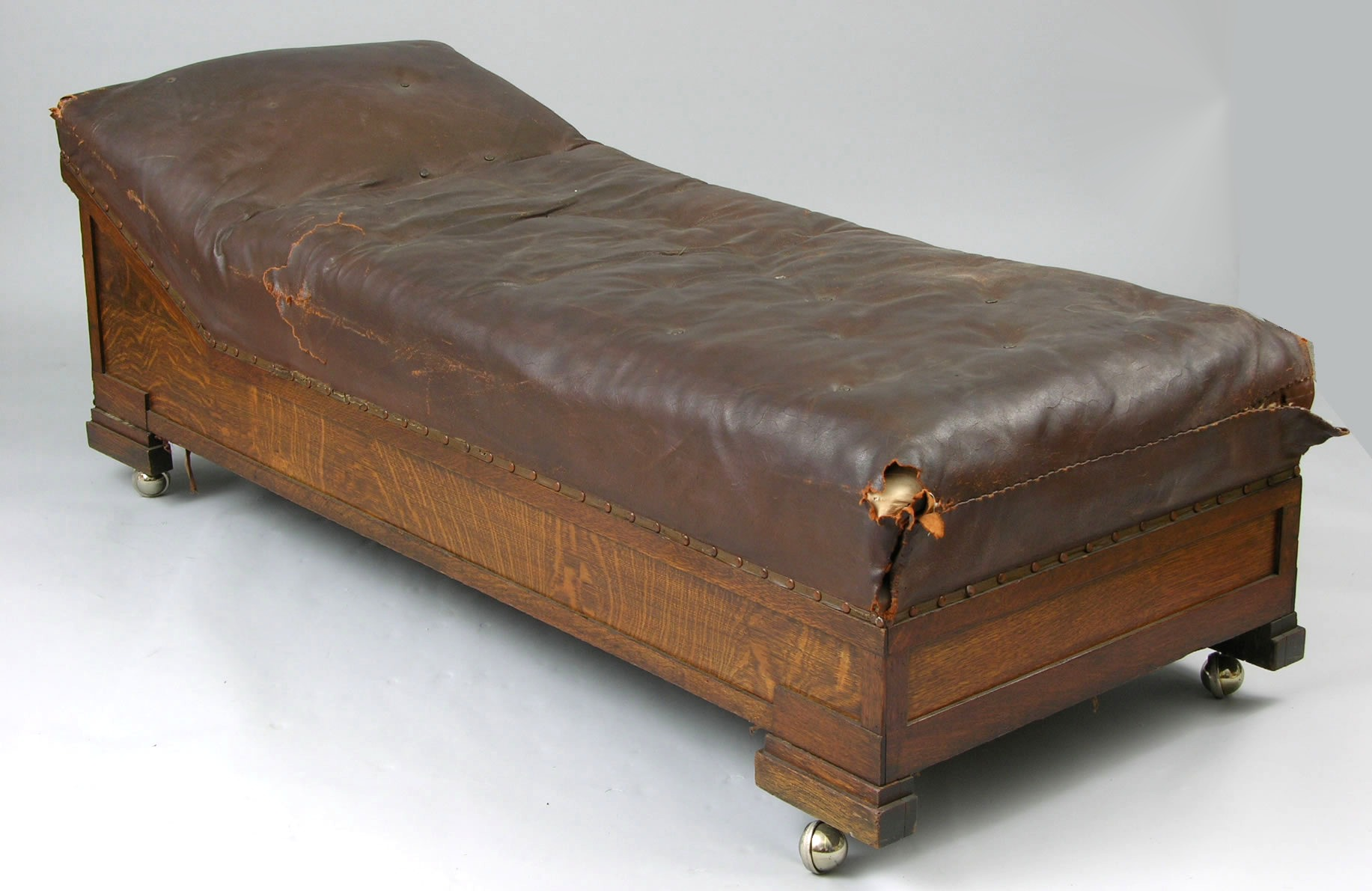Psychiatrist Sofa Antique Chaise Fainting Couch