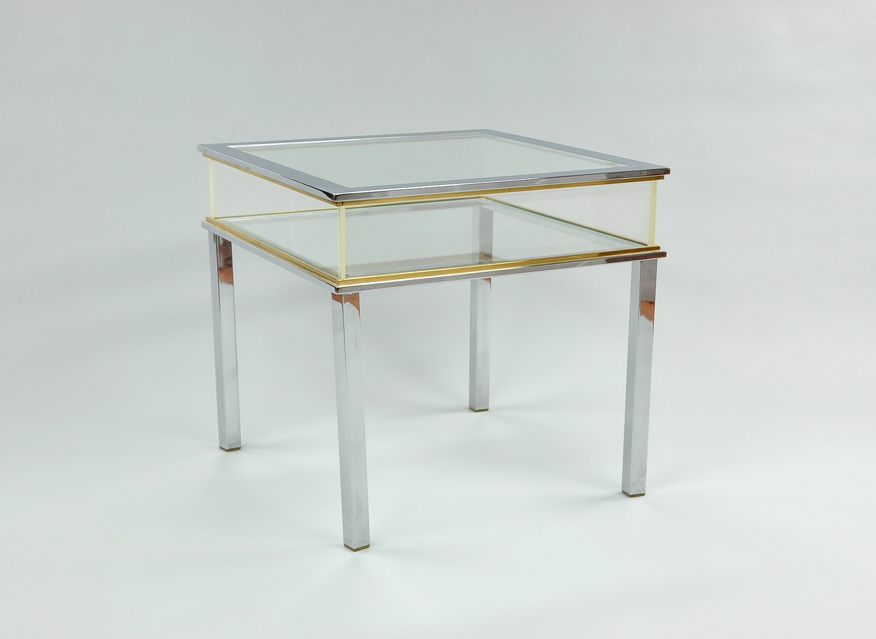 A Glass Acrylic and Chrome Display Table 09 26 09 Sold $241 5