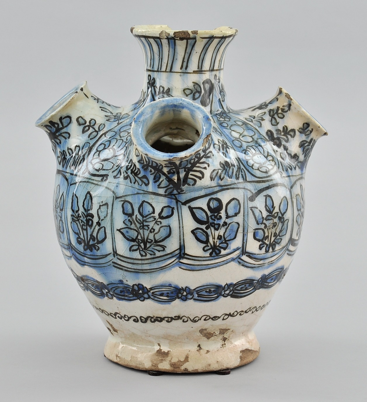 A large fritware persian tulip vase ca 17th18th century 0304 a large fritware persian tulip vase ca 17th18th century reviewsmspy