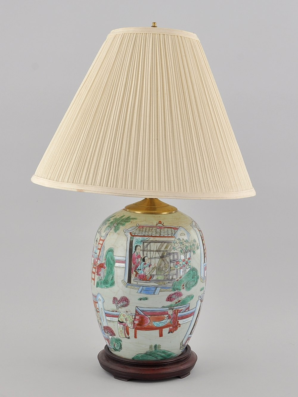 A Chinese Porcelain Famille Rose Lamp, 20th Century