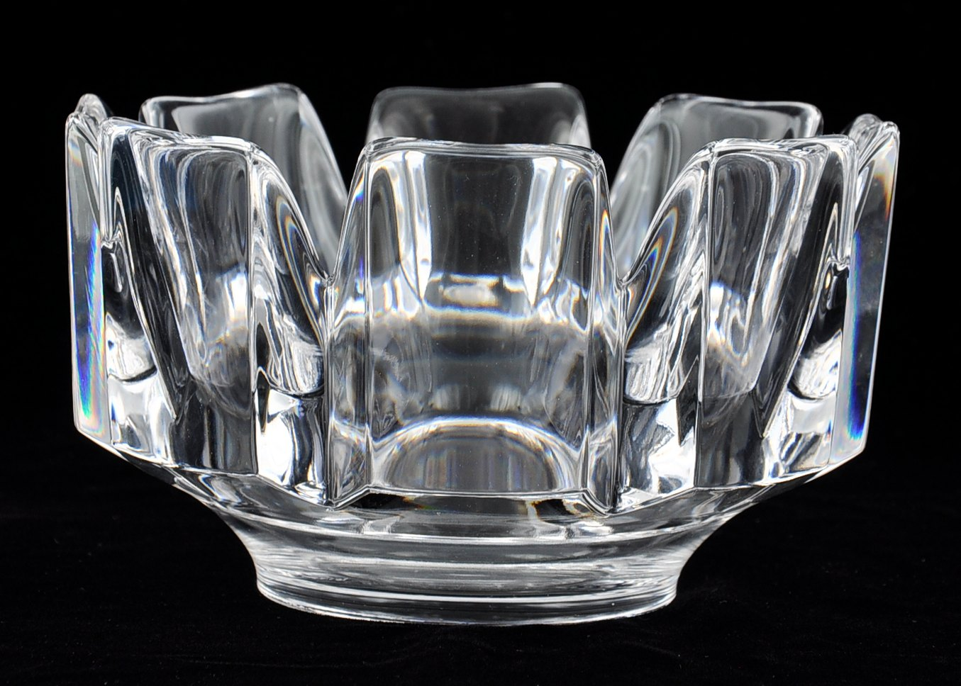An Orrefors Crown Crystal Bowl 05 20 10 Sold 63 25