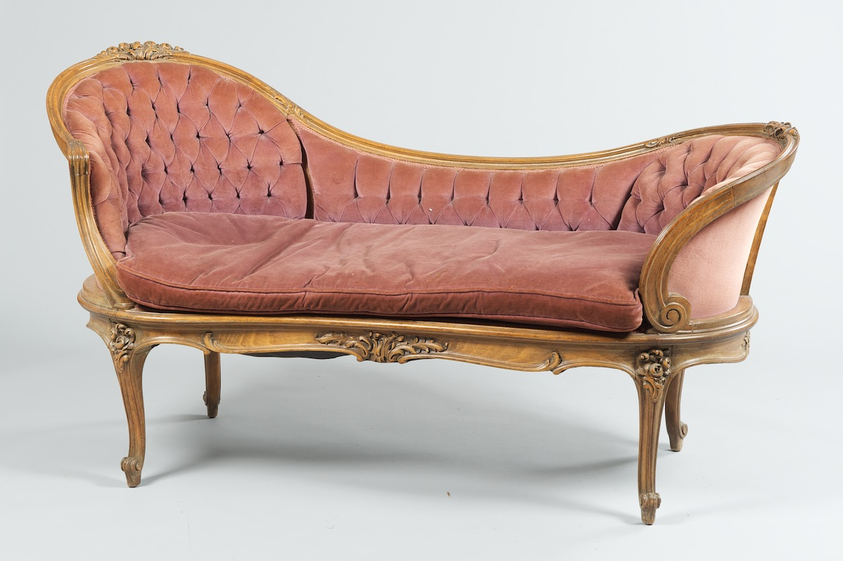 A vintage french style fainting couch sold 931 5 for Fainting couch