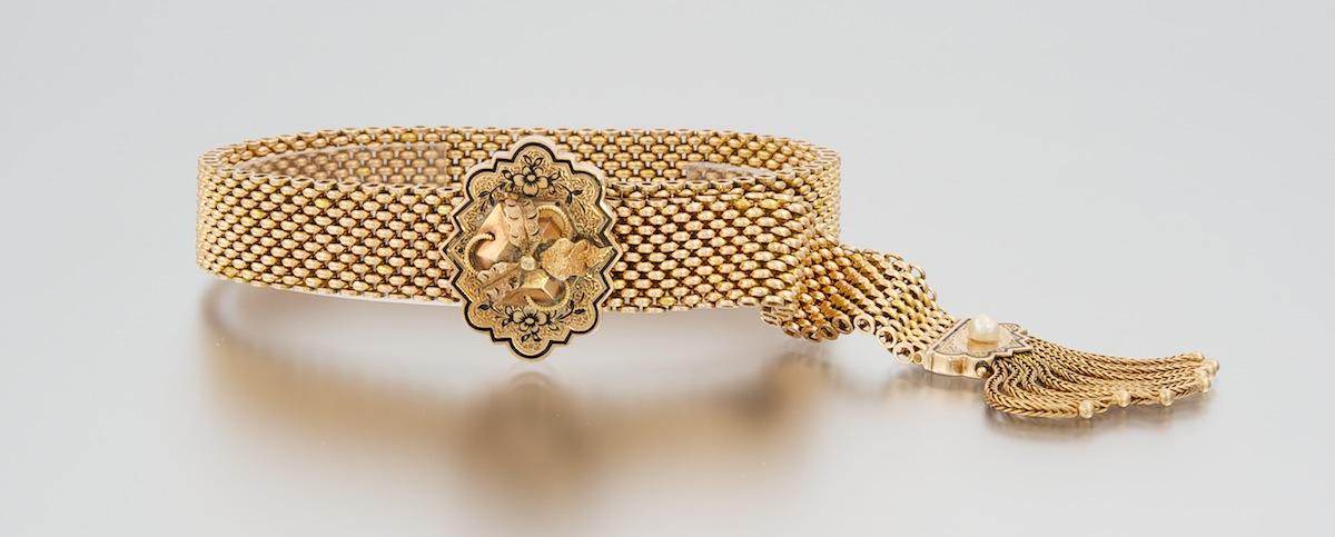A Victorian Gold and Black Enamel Fringe Garter Bracelet , 04.01.11