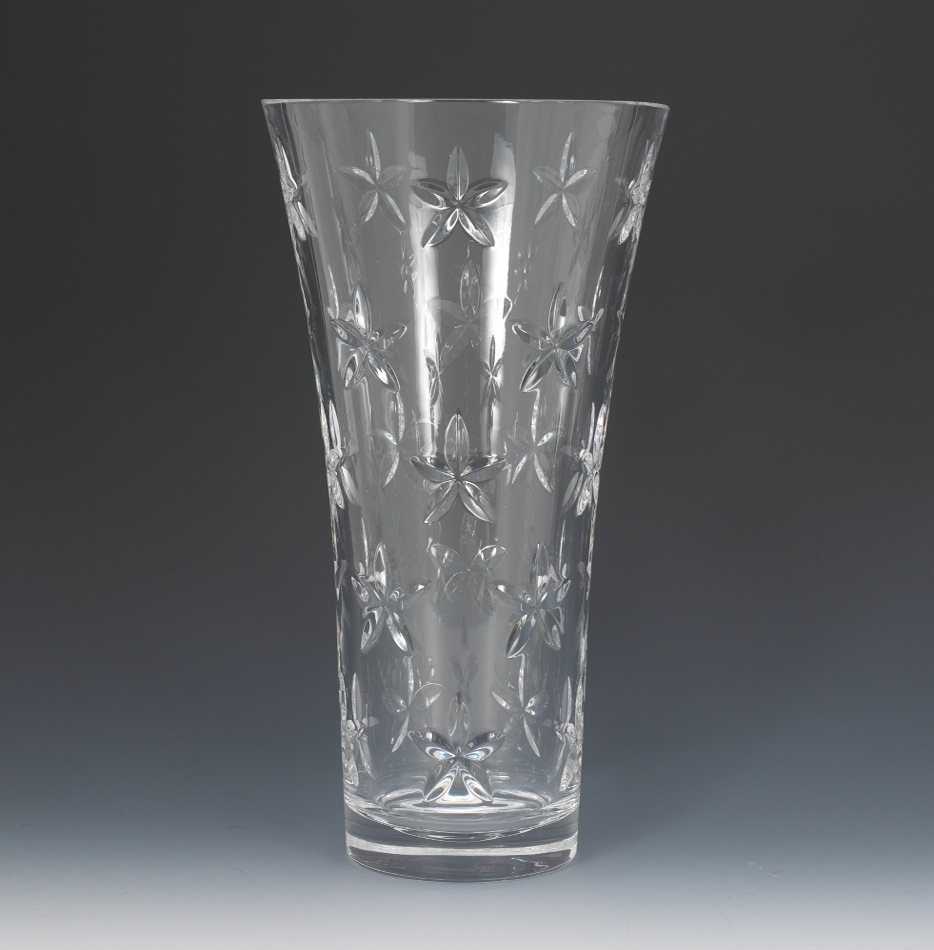 A clear glass vase by tiffany co 102011 sold 18975 a clear glass vase by tiffany reviewsmspy