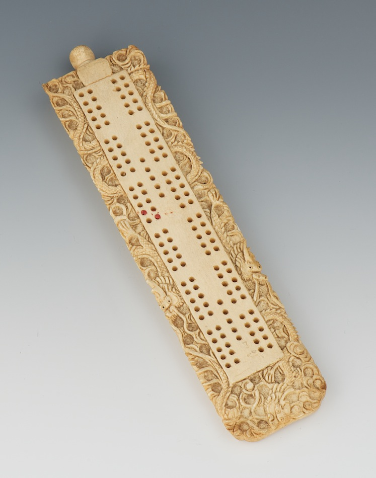 A Chinese Ivory Carved Cribbage Board 09 03 11 Sold 149 5