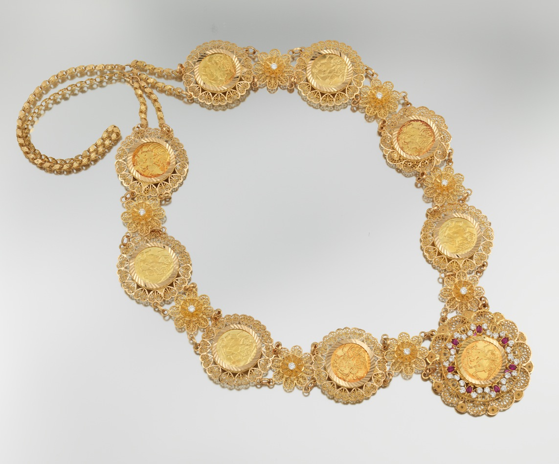 A Middle Eastern 21 Karat Dowry Necklace 090211