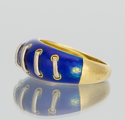 A Ladies Gucci 18k Gold And Enamel Ring 03 29 12