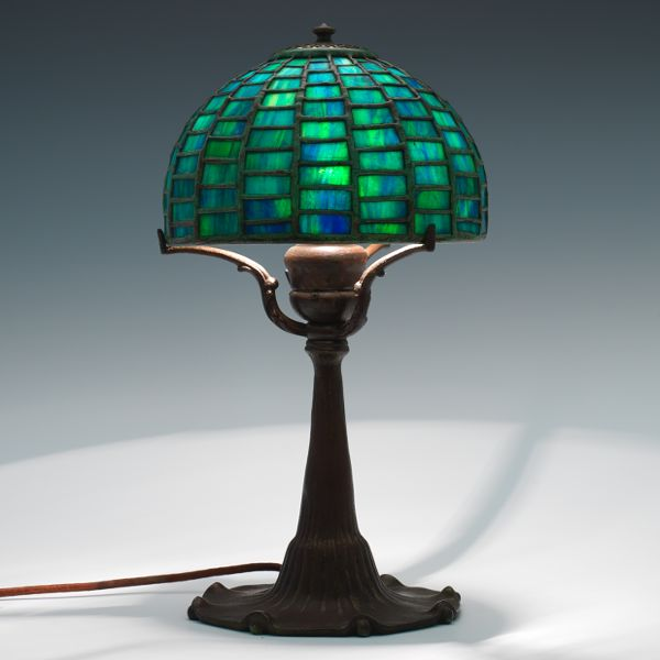 Tiffany studios geometric leaded lamp 606