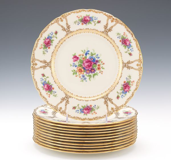Twelve Fancy Lenox Dinner Plates & Porcelain \u0026 Ceramics - Two Prominent Cleveland Heights Trusts