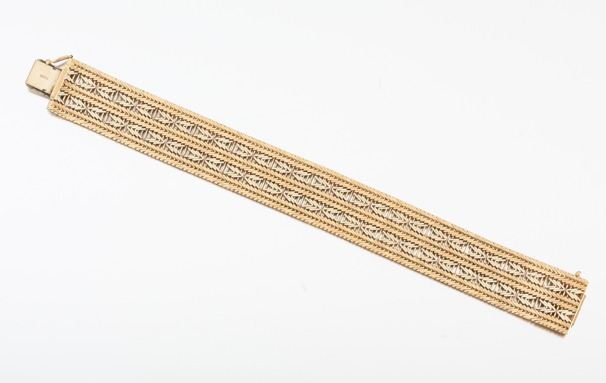 18k Italian Gold Bracelet By Unoaerre