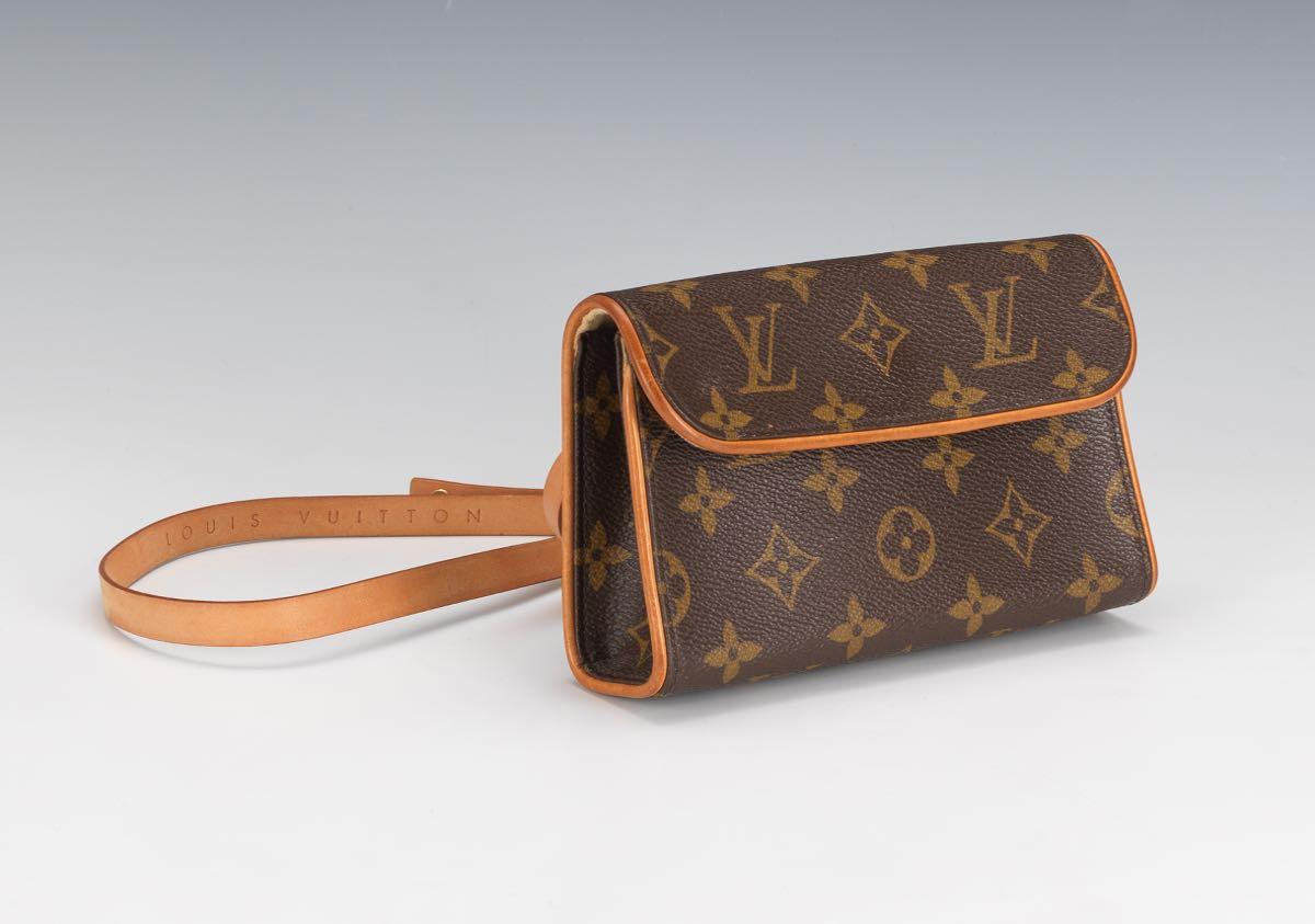 625bb826839e Louis Vuitton Pochette Florentine Monogram Canvas Waist Bag