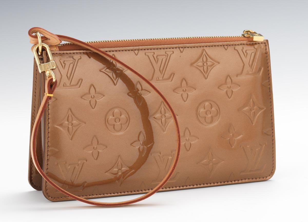 2272f042cb8d Louis Vuitton Vernis Leather Lexington Pochette in Bronze