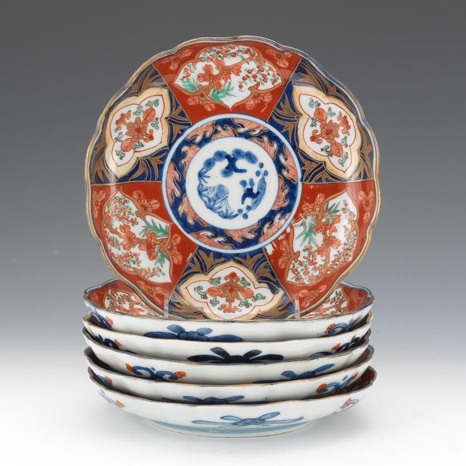 Set of Imari Style Japanese Scalloped Plates & Set of Imari Style Japanese Scalloped Plates 09.03.15 Sold: $287.5