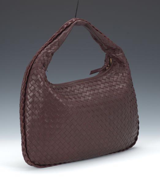 Bottega Veneta Medium Intercciato Hobo Bag 93dc89cd0f0ce