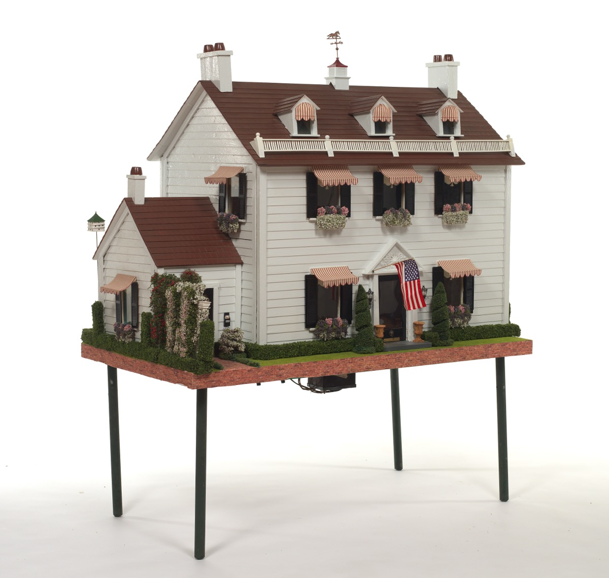 doll house colonial classic style ca 1940 s 10 29 16 sold 590 Vintage 1960s Barbie Doll House doll house colonial classic style ca 1940 s