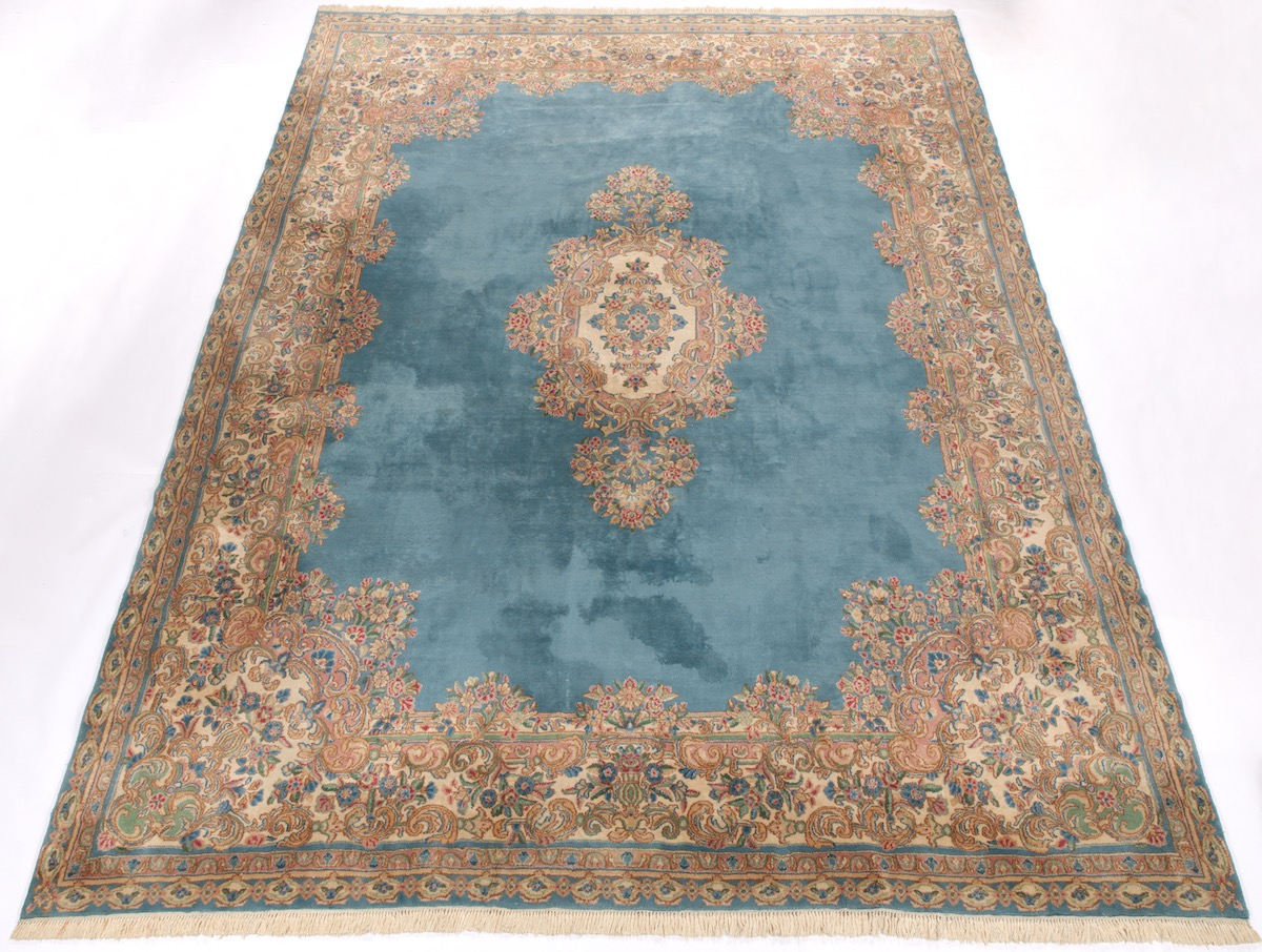 Kerman Carpet 20th Century 10 29 16 Sold 4189