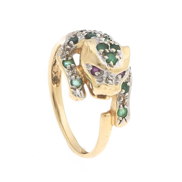 Emerald ring Aspire Auctions