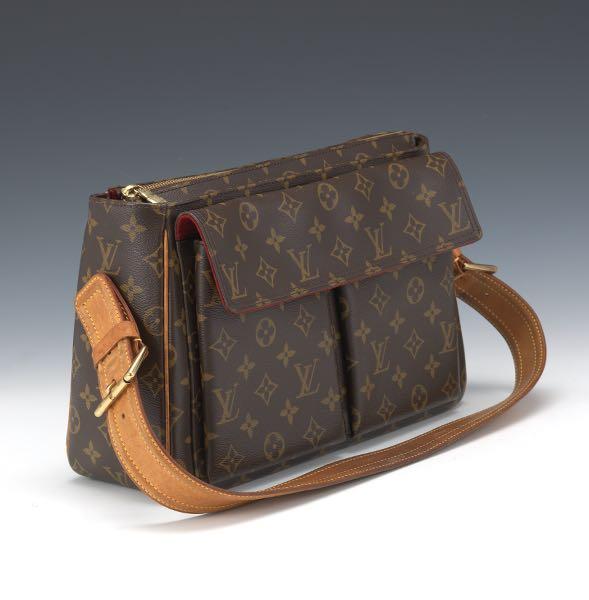 704d1b33 Louis Vuitton // Aspire Auctions