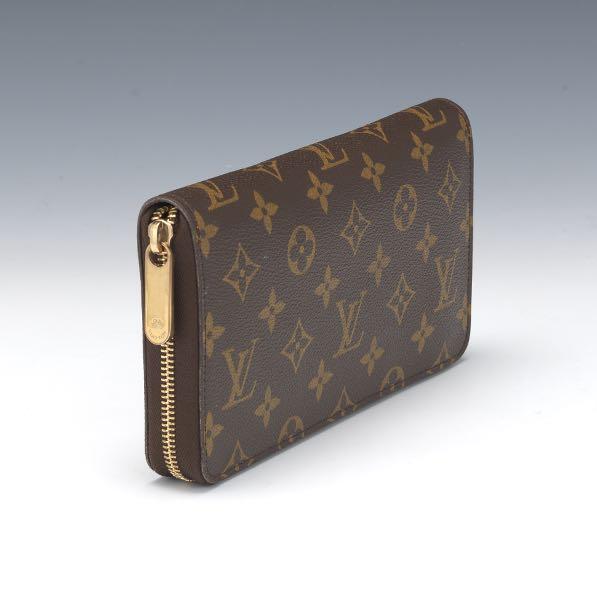 863e544922db Louis Vuitton Monogram Zippy Wallet