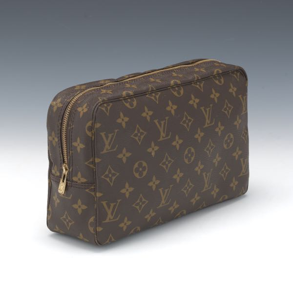 b30e6db17580 Louis Vuitton Monogram Canvas Toiletry Pouch