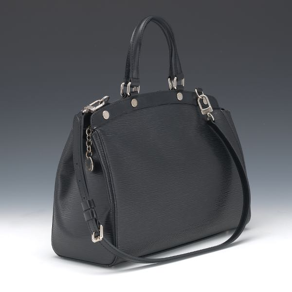 4690ffd11eca Louis Vuitton Black Epi Leather Hand Bag